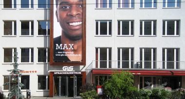 GLS-Werbebanner im Großformatdruck